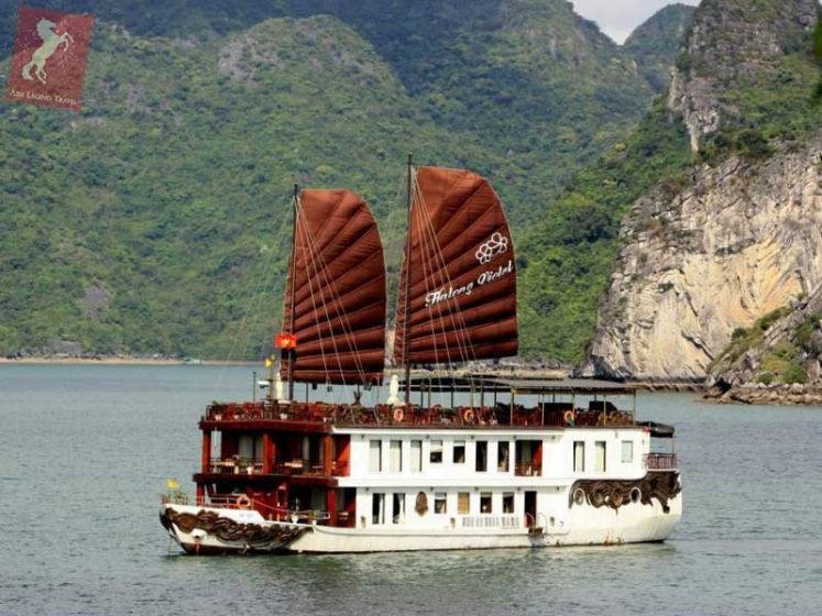 Violet Cruise Halong Bay | Asia Legend Travel