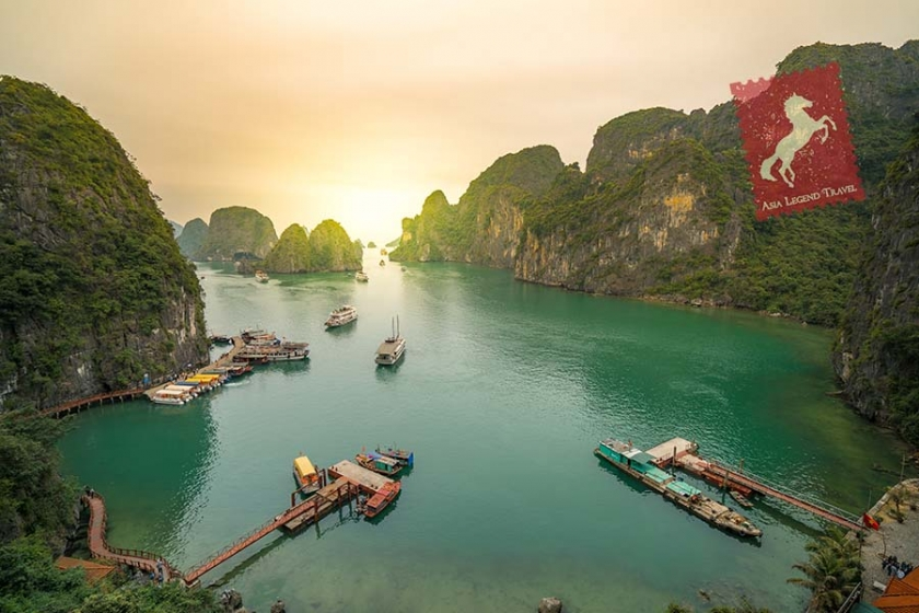 Highlights of Indochina Luxury 9 days Tour Package