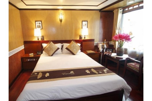 Halong_Emtoioncruise_Deluxe_cabin41