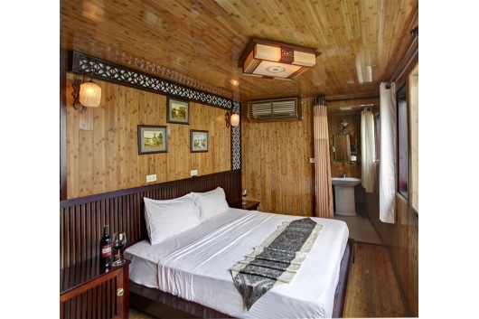 Halong_White_Dolphin_Cruise_double_cabin-121