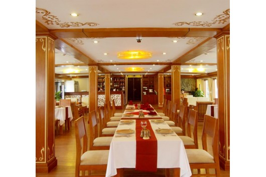 Huonghai_Sealife_Cruise_restaurant11