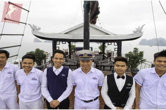 Lavender-Cruise-Halong-Bay-Staff-0
