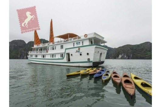 Lazalee-Cruise-Halong-Bay-Overview2