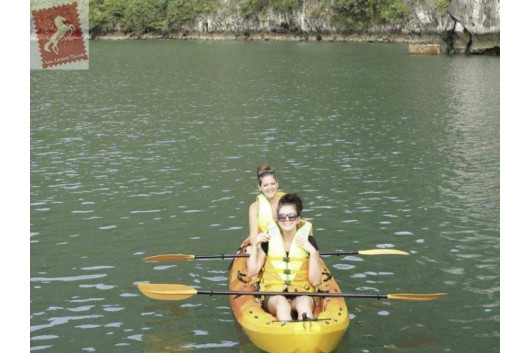 Oriental-Sails-Halong-Bay-Kayaking-2