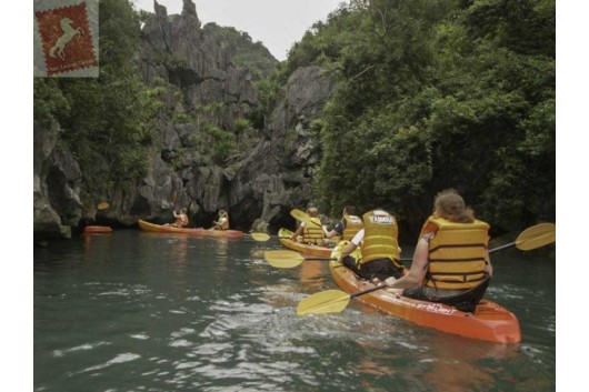 Oriental-Sails-Halong-Bay-Kayaking-Activities-0