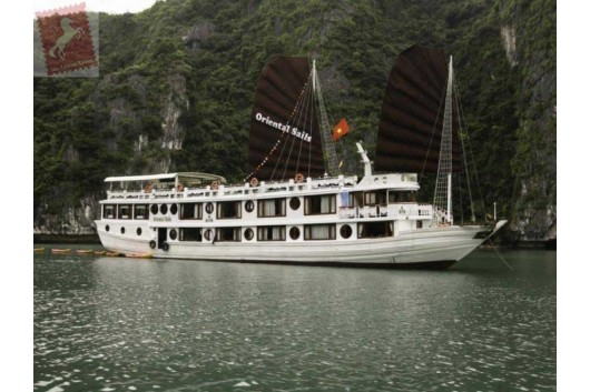 Oriental-Sails-Halong-Bay-Panorama-0