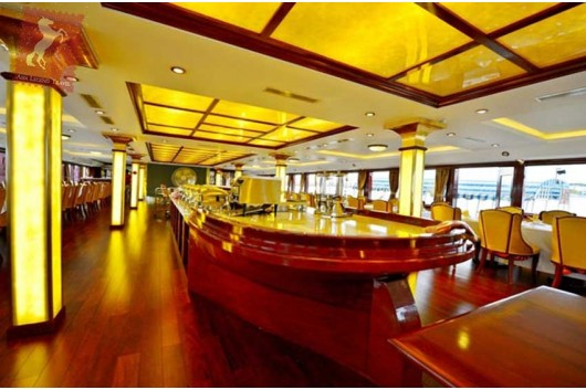 golden-cruise-dining0
