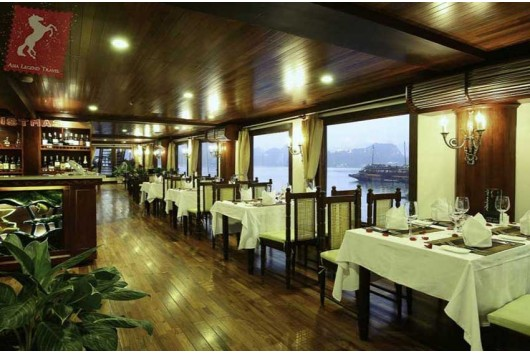 indochina-sails-premium-lounge-3-1
