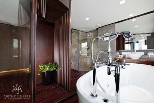 orchid-executive--suite-bathroom-3_30805350453_o1