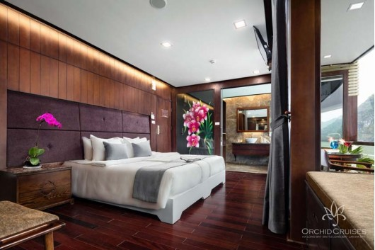 premium-suite-double-cabin-with-balcony-1_31499406141_o0