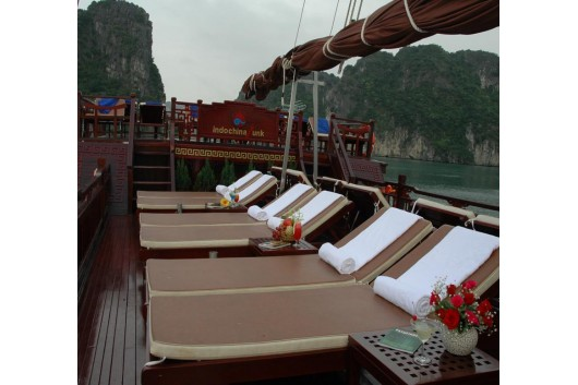 Great Sundeck on Dragon's Pearl Junk